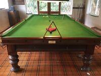 Antique Billard/Snooker Table full size
