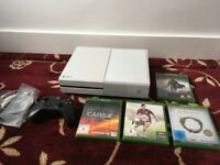 *White* XBOX One 500GB with Controller, Headset & 4 Games (Project Cars, Elder Scrolls, FIFA)..