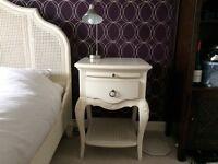 2 Mirabelle Bedside tables