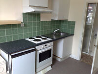 *WATER INCLUDED*Self contained studio flat in Willesden Green. NW10