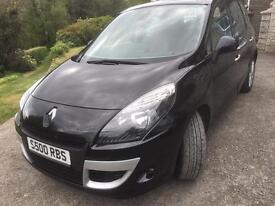 Renault New Scenic Privilege 1.9 diesel.