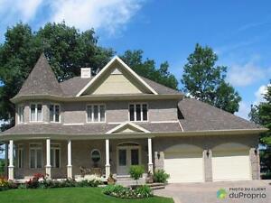 1 275 000$ - Maison 2 étages à vendre à St-Romuald