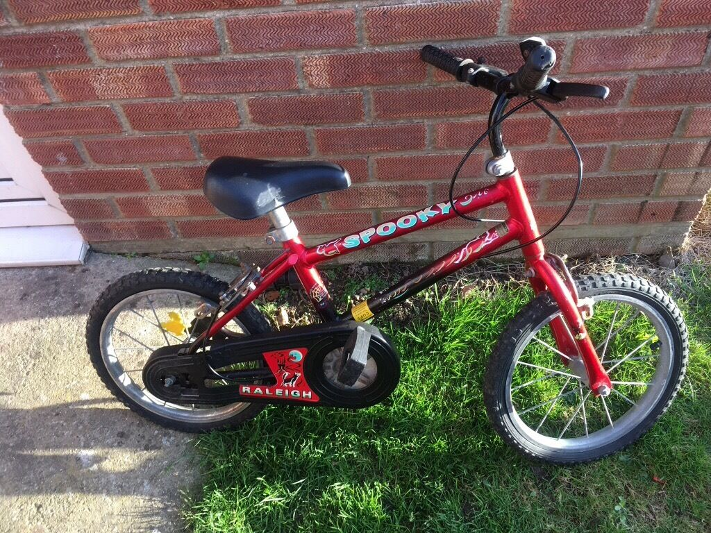 Childrens bike 14 inch wheelsin Norwich, NorfolkGumtree - Childs bike collect Bacton Norfolk will need checking over and puncture repaired hence cheap price of £5