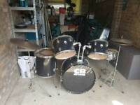 CB Drums drum kit