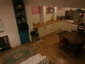 3 double rooms in shared house Temporary accomodation available for minimum of One month