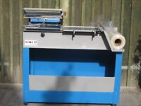 Shrink Wrap machine - L-sealer 220/240v max sealing area 15 x16in Good working order