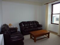 LARGE THREE BEDROOM MAISONETTE FLAT FOR RENT AVAILABLE 1st AUGUST