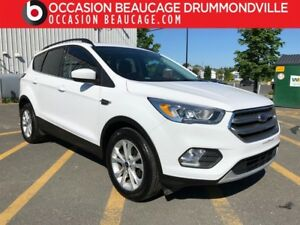 2017 Ford Escape SE-TOIT PANO- HITCH- NAVIGATION- JAMAIS ACCIDEN