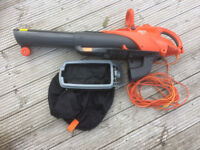 Flymo Scirocco 3000 electric leaf blower and vac