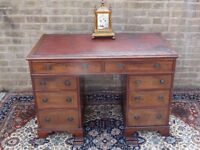 GENUINE VICTORIAN ANTIQUE MAHOGANY TWIN PEDESTAL LEATHER TOP WRITING DESK IDEAL SMALL SIZE GOOD COND