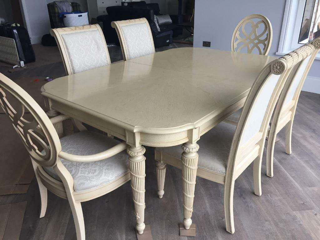 huge selection of 58d40 215c1 Dining Table and chairs and glass cabinet | in Rayleigh, Essex | Gumtree