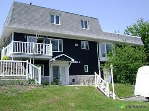 550 000$ - Maison 2 étages à vendre à Lac-Beauport