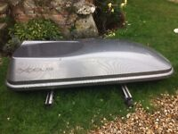 Exodus 470L Roof Box Grey with roof bars