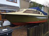 Shetland Black Hawk 19 Boat