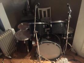 Vintage Drum Kit Unknown Brand Plus Tama , Pearl Stands, Cbs Hi Hat Stand