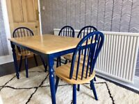 Solid wood dining/kitchen table w 4 chairs