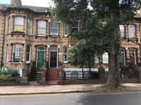 SB Lets are delighted to offer this lovely 5 bedroom terraced house. SEPT 2018 STUDENTS WELCOME !