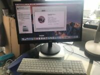 Mac Mini Late 2014 - 1.4 GHz Intel Core i5 - 500 GB with Monitor