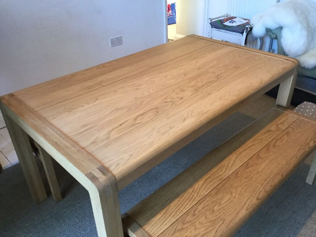 Habitat Radius Dining Table And Benches