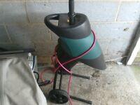 Garden Shredder low noise very quiet with safty brake in very good condition good working order