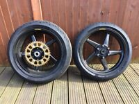 dymag carbon fibre wheels for suzuki gsxr 750/600 L1 onwards