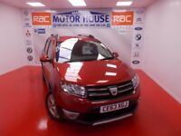 Dacia Sandero STEPWAY LAUREATE TCE (FREE MOT'S AS LONG AS YOU OWN THE CAR!!!) (red) 2013