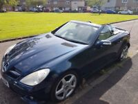 Mercedes SLK 350 great condition in side and out