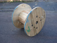 Wooden Reclaimed Industrial Cable Reel/Drum,Table, 90 cm x 66 cm Upcycled/Craft project.