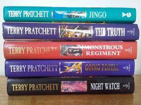 TERRY PRATCHETT COLLECTION OF 12 HARDBACK BOOKS