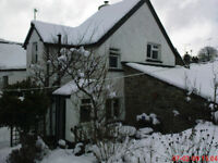 3/4 Bed Cottage to rent in the heart of a village north Dartmoor £940pcm