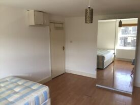 063T-WEST KENSINGTON- MODERN STUDIO FLAT, SINGLE PERSON, FURNISHED, BILLS INCLUDED - £195 PER WEEK
