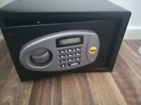 Yale Electronic Home safe (Deposit Box)