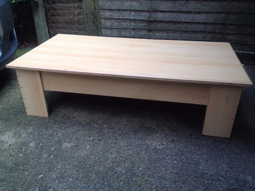 Wood coffee tablein Leicester, LeicestershireGumtree - Wood coffee table for sale. Used good condition . Some marks and scratches but nothing serious. No damage or broken wood. Dimensions 118 x 60 x 33 Collection only ( beaumont leys leicester ). Cheap price already no silly offers please