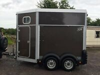 Immaculate Ifor Williams HB506 double horse trailer