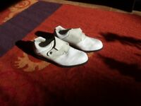 ladies golf shoes worn twice only size 5