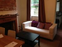 Double Room in friendly professional house opposite the hospital