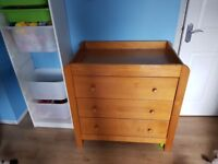 Changing table/moses basket