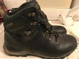 Junior size 6 walking boots
