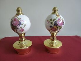 Bed knobs or Curtain finials