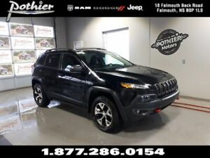 2018 Jeep Cherokee Trailhawk | LEATHER | 8.4 TOUCHSCREEN | REAR