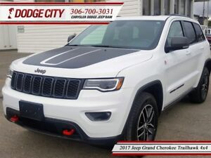 2017 Jeep Grand Cherokee Trailhawk   4x4 - R.Start, Uconnect, He
