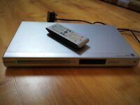 Philips DVP3120 DVD player with remote