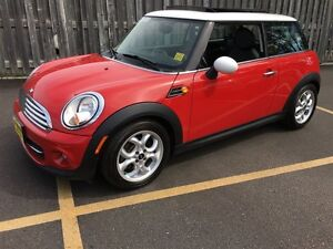 2012 MINI Cooper Hardtop Classic, Manual, Panoramic Sunroof