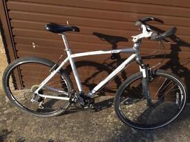 Giant CRS Hybrid Bike. Serviced. Free Lights, D-Lock & Delivery. Warranty