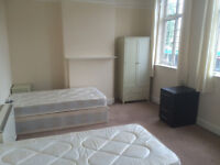 bed in triple room for male