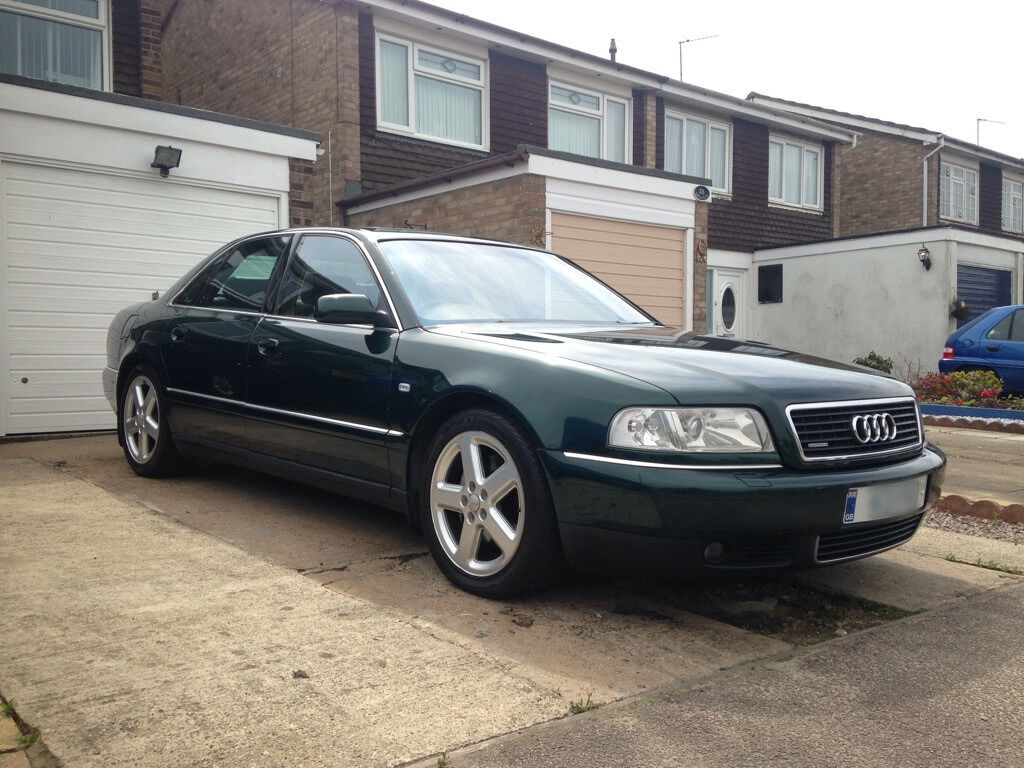 audi a8 4 2 v8 40v quattro sport green lots of extras xenons bose satnav fsh mot future. Black Bedroom Furniture Sets. Home Design Ideas
