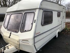 4 berth Lunar sunbeam. Hot and cold water. Comes with awning. I can deliver