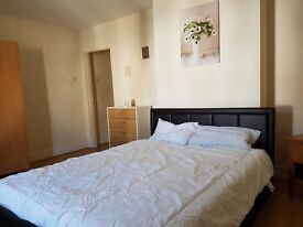 King size bedroom in Poole city centre !