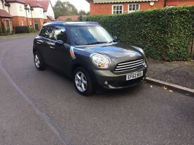 Automatic Mini Countryman in great condition - offers welcome