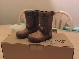 NEXT KIDS BOOTS - SIZE 6 (SMALL)